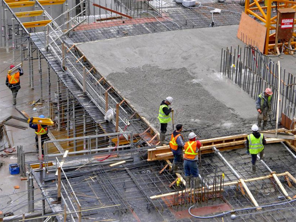 Push-to-Talk Over Cellular For Building Site Builders & Asset Tracking GPS